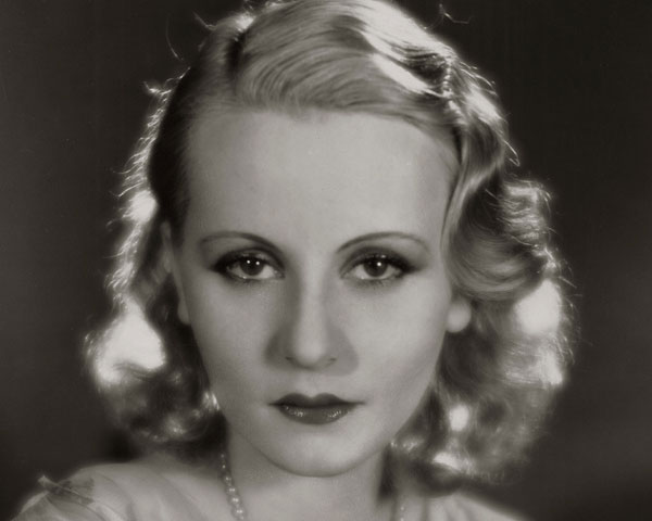 1920s & Retro Hairstyles Photos