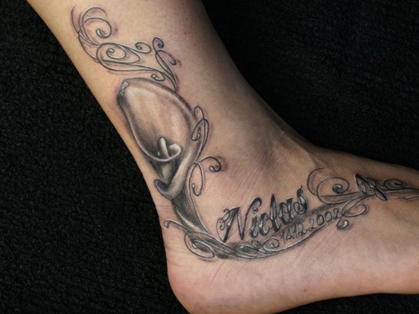 Elegant Woman's Tattoo