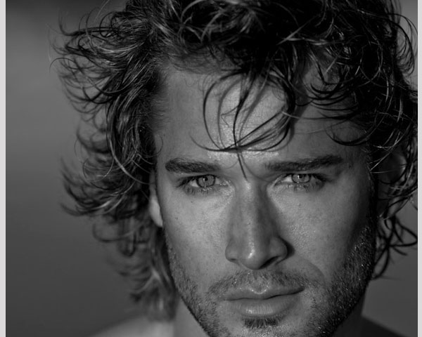 kim 30 Spectacular Curly Hairstyles For Men