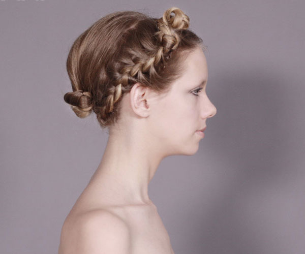 blonde braid 30 Awe Inspiring Hairstyles With Braids