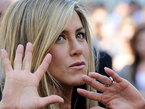 enough 40 Exciting Jennifer Aniston Pictures