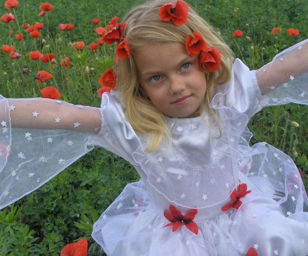 Red Poppies Little Girl