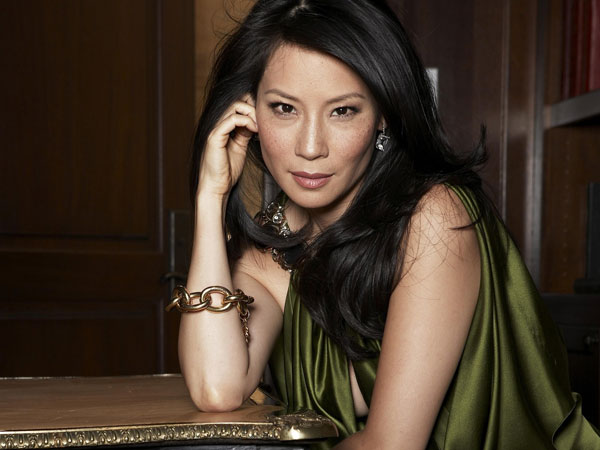 lucy liu in green 30 Groovy Lucy Liu Pictures