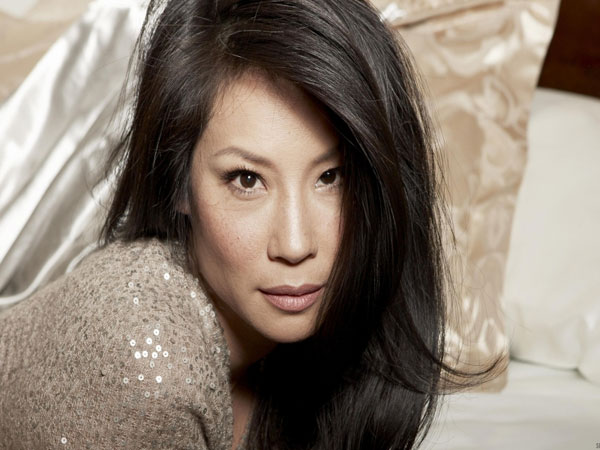 on bed 30 Groovy Lucy Liu Pictures