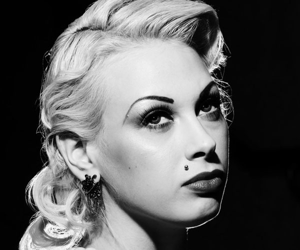 platinum blonde 30 Stylish Old Hollywood Hairstyles