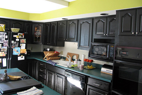 40 Awe-Inspiring Painted Kitchen Cabinets - SloDive