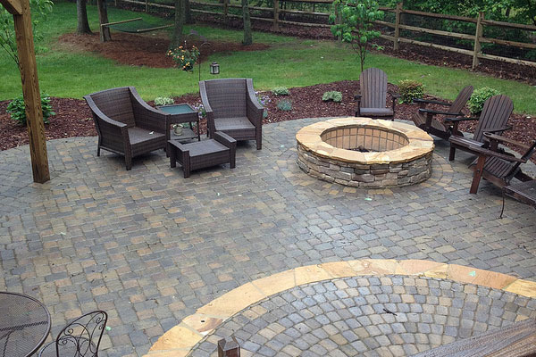 30 Stupendous Paver Patio Designs - SloDive on Small Paver Patio Designs id=26884
