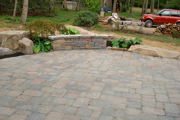 paver patio old design