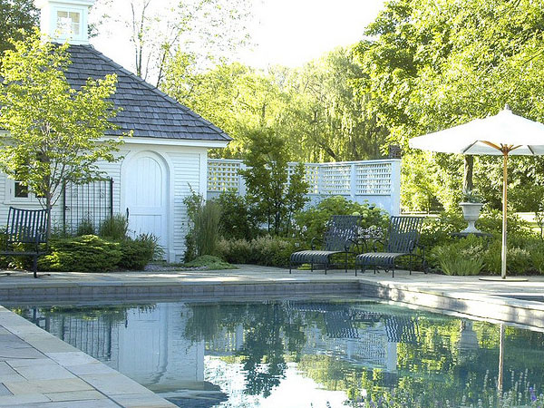 Simple Style Pool House