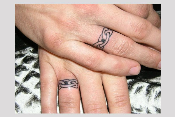 Fantastic Wedding Band Tattoos Slodive
