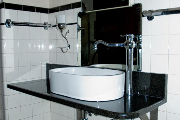 Bathroom Black Accent