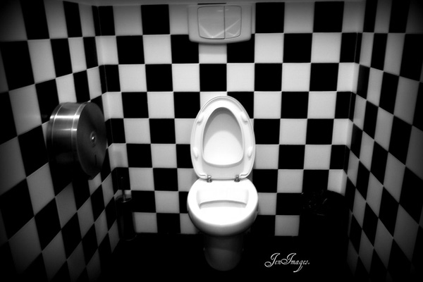 Black And White Egg Bathroom