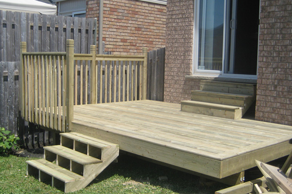 Serviceable Deck