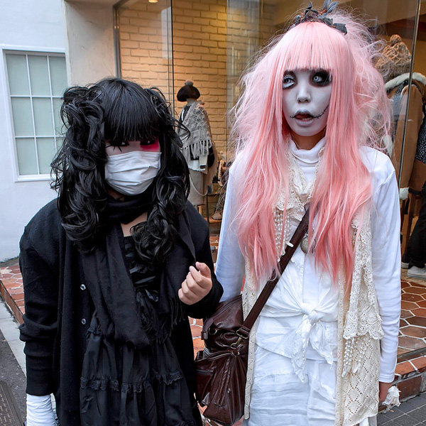 harajuku gothic girls 25 Terrific Gothic Hairstyles