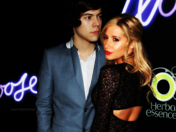 ashley and harry styles 25 Lovely Harry Styles Pictures