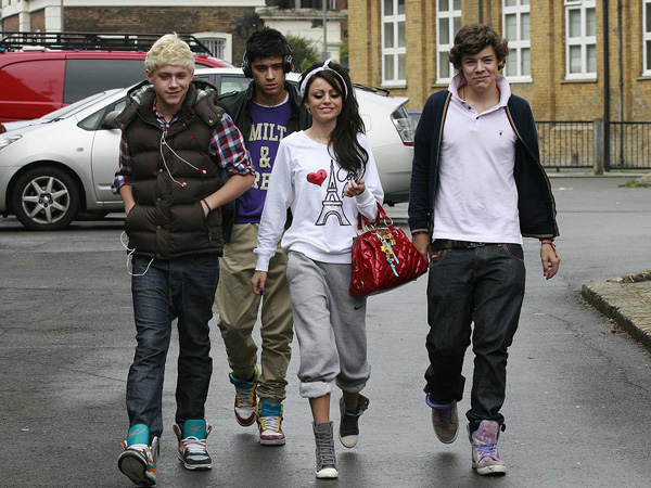cher lloyd 25 Lovely Harry Styles Pictures