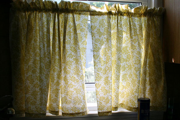 Curtain Gold Shimmer