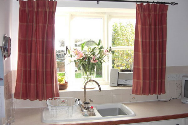 Outstanding Kitchen Window Curtain Idea 600 x 400 · 52 kB · jpeg