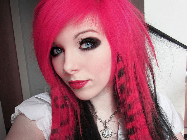 dark pink hair blue eyes 35 Charming Scene Hairstyles For Girls