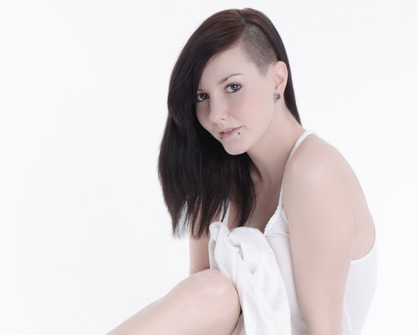 25 glamorous shaved hairstyles for women slodive sexy and classy winobraniefo Image collections