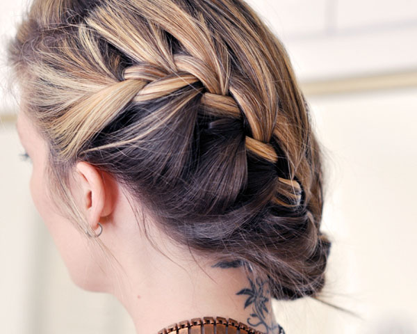 loose side french braid 30 Perfect Stacked Hairstyles