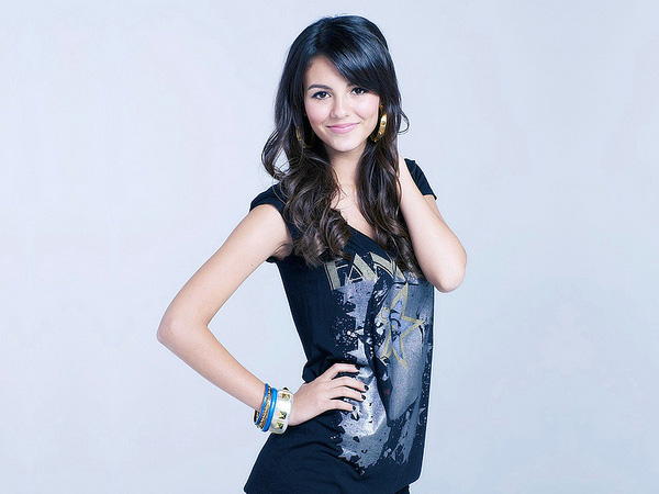 Lovely Victoria Justice