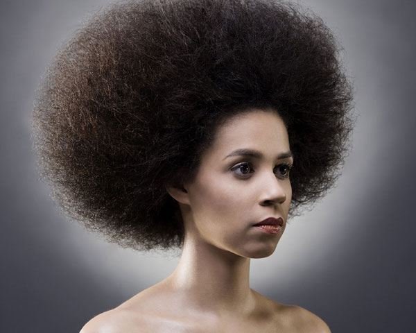 25 majestic afro hairstyles slodive curls that balloon urmus Gallery