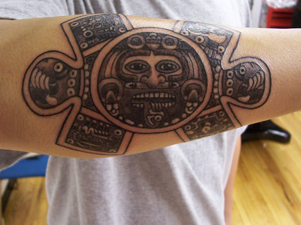 aztec calendar 25 Incredible Aztec Tribal Tattoos