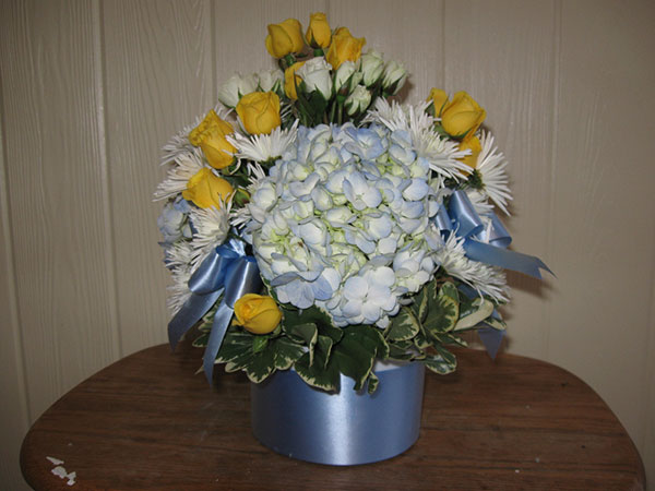 floral babyshower centerpieces 40 Lively Baby Shower Centerpieces