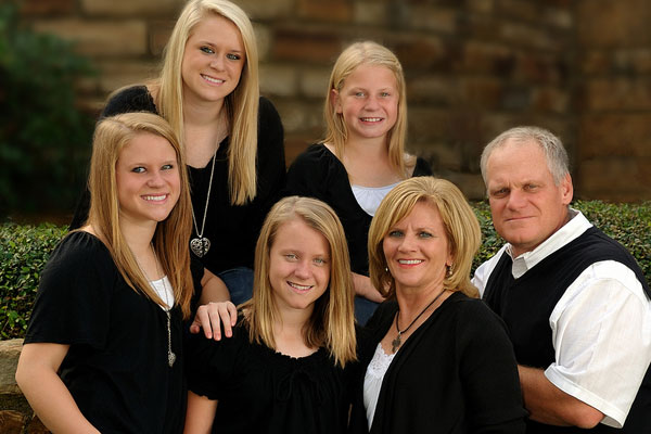 Family picture outfits black and white dress