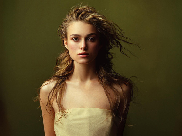 keira long hairstyle 25 Beautiful Keira Knightley Hairstyles