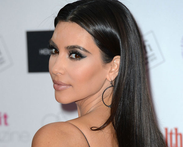 cropped hair 25 Impressive Kim Kardashian Hair Color Ideas