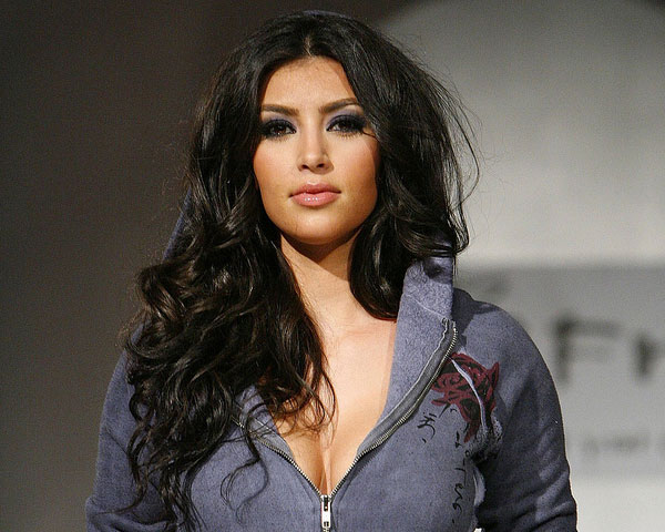 curly hair 25 Impressive Kim Kardashian Hair Color Ideas