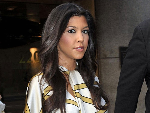 kourtney kardashian christmas pics 25 Glamorous Kourtney Kardashian Pictures