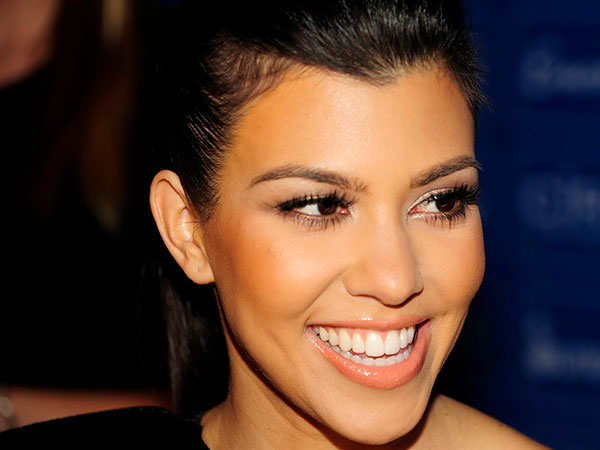 kourtney kardashian pics 25 Glamorous Kourtney Kardashian Pictures