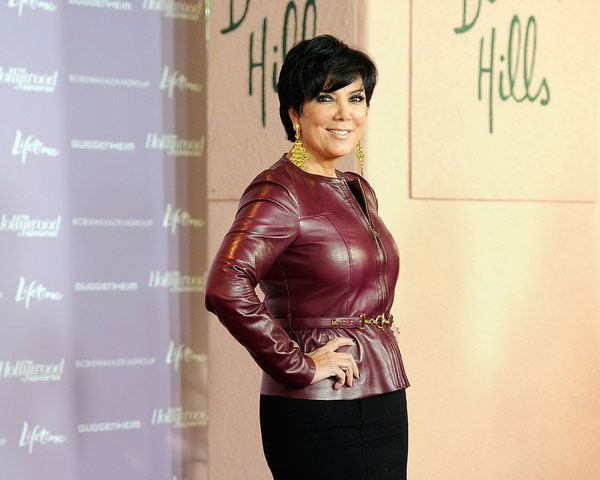 Astounding 25 Super Sexy Kris Jenner Haircut Styles Slodive Hairstyles For Women Draintrainus