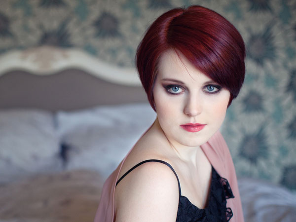 25 Breathtaking Short Red Hairstyles Slodive