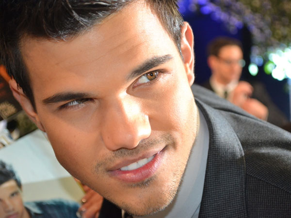 Lautner Time