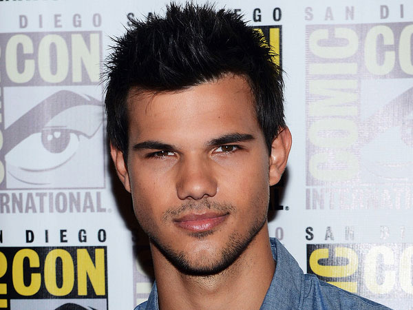 Taylor Lautner Conference Picture