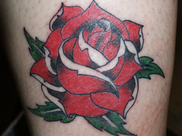 25 Oustanding Traditional Rose Tattoo Design Ideas Slodive