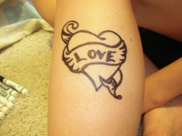 25 Love Symbol Tattoos Which Are Lovely Slodive