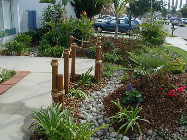 Easy Low Maintenance Backyard Landscaping Ideas : 25 Remarkable Low Maintenance Landscaping Ideas  SloDive