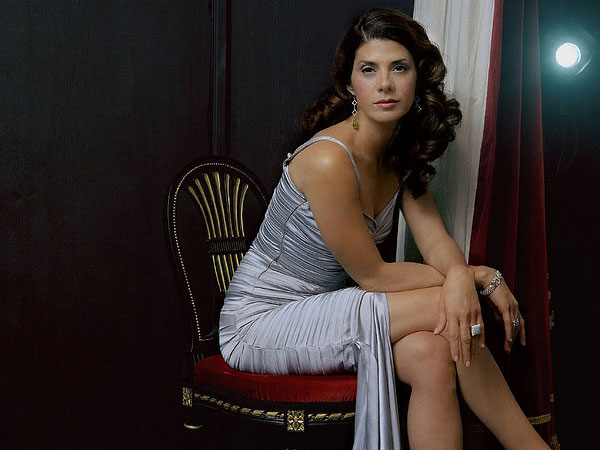 sexy legs 25 Glamorous Marisa Tomei Pictures