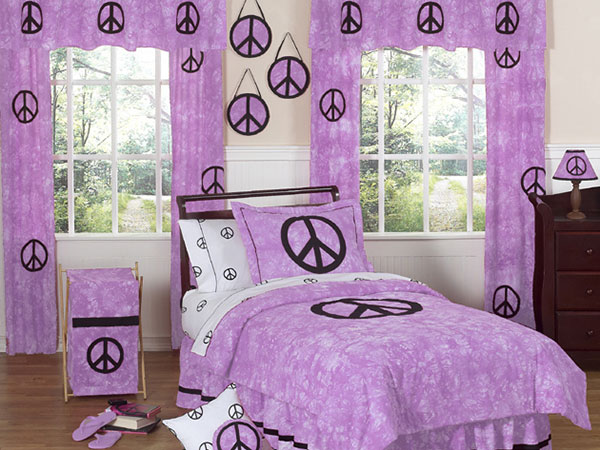 Feminine Purple Bedroom