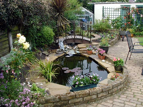 Easy Backyard Pond Ideas : Landscaping Inspiration Easy On The Eye No Grass Landscaping Ideas
