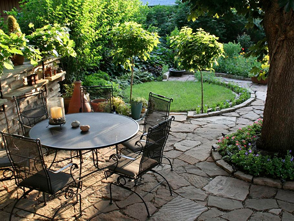 Oval Style Landscaping