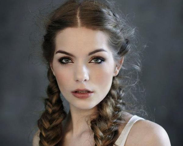 25 Sexy Vintage Hairstyles For Long Hair - SloDive