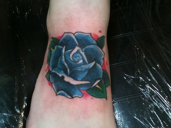 coverup 21 Unique Blue Rose Tattoo Designs