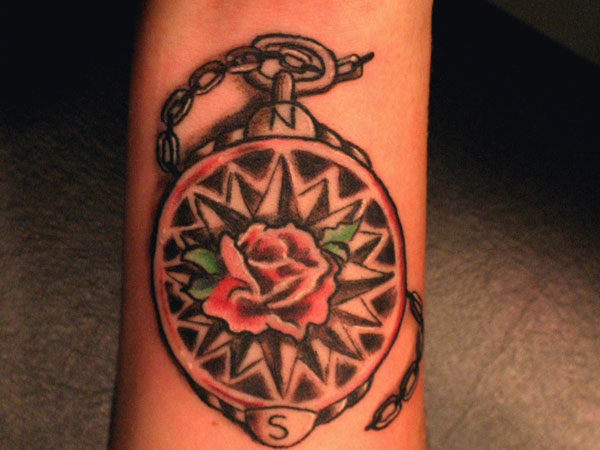 chaintat 23 Cheerful Compass Rose Tattoo Ideas