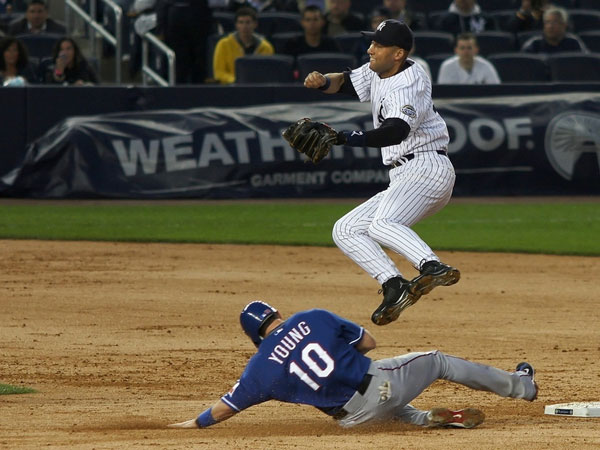 jump 25 Different Derek Jeter Pictures